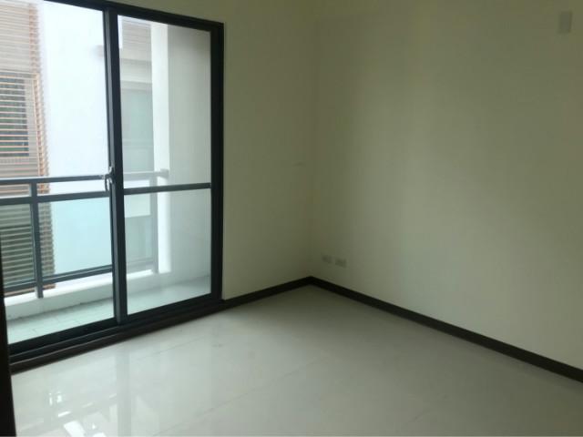 靜心園~全新雙車墅,桃園市楊梅區校前路